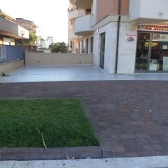(Italiano) Locale Commerciale